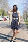 Black-polka-kimod-dress-black-indi-cold-sandals-tan-mi-co-cardigan