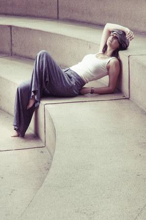 Marquis boots - basic Zara shirt - palazzo Mango pants