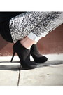 Black-ankle-boots-zara-boots-cluch-paloma-dibos-bag-animal-print-forever-21-