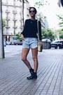 Black-deichmann-boots-navy-ivy-revel-sweater-light-yellow-indi-cold-bag