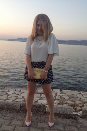navy polka dots Zara shorts - white Zara blouse