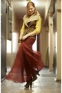 Zara-boots-akira-skirt-banana-republic-blouse-bershka-vest