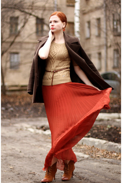 beige Guess sweater - tawny Mango coat