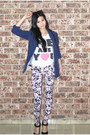 Floral-dotti-leggings-blue-h-m-blazer-brown-ray-ban-sunglasses