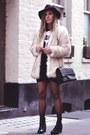 Leather-baleeblu-boots-faux-fur-choies-jacket-baleeblu-shirt