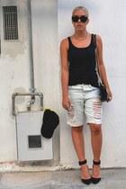 Topshop shorts - Zara bag - H&M sunglasses - Zara heels - romwe t-shirt