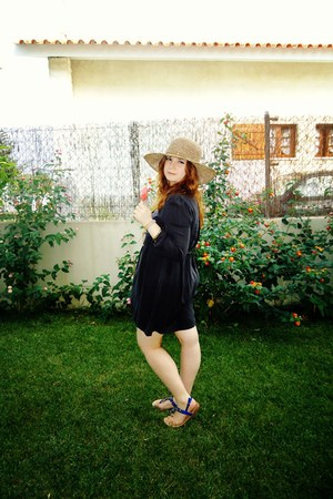 black Zara dress - tan Bijou Brigitte hat - blue Guimares sandals