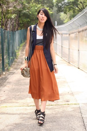 romwe vest - Monki skirt