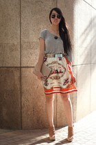 Hong Kong t-shirt - romwe skirt - Hong Kong wedges