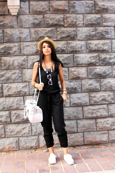 H&M hat - Mango bag - H&M sunglasses - H&M sneakers - Zara jumper