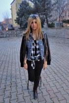 denim Mavi jacket - black Pull-it jeans - squared Koton shirt