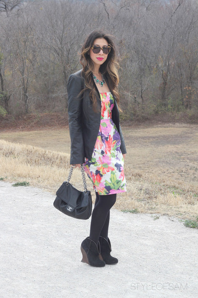 black similar Bottega Veneta boots - hot pink similar Jcrew dress