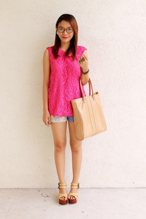 hot pink lace collar top Clothepedia top - nude Enzo Shoppe shoes