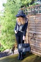 Primark hat - Ebay jacket - Primark scarf - TK Maxx bag - Ebay blouse