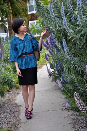 pattern Tucker for Target blouse - black pencil H&M skirt - purple cutout Steve