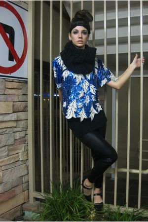 black H&M scarf - blue vintage skirt - black Forever 21 leggings - black Bershka