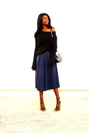 navy Boohoo skirt