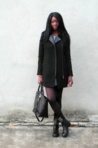black La Redoute coat