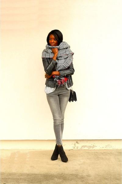 black scarf scarf