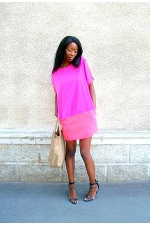 hot pink oversize Ellos dress