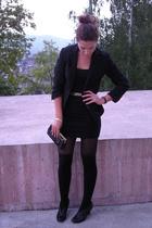 H&M blazer - Vero Moda top - Bershka socks - Estee Lauder gift purse