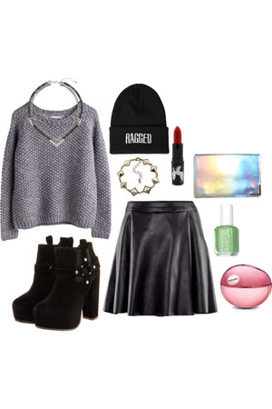 pleather skirt - chelsea boots boots - hat - gray knit sweater - bag - necklace