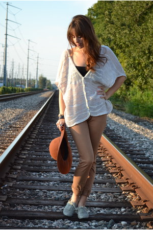heather gray Urban Outifitters shoes - brown Urban Outfitters jeans