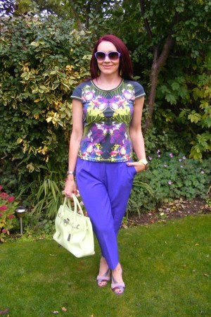 t-shirt - karen millen t-shirt - purple Nine West shoes