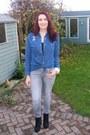 Black-red-herring-boots-gray-gap-jeans-blue-denim-shirt-bellfield-shirt