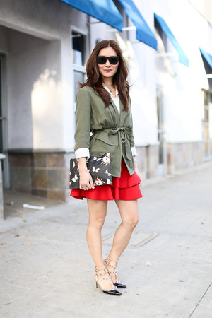 Topshop blazer - Givenchy bag - Super sunglasses - Valentino pumps