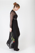 black lace top Miss Guided dress