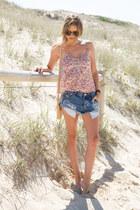 tan J Crew bag - blue One Teaspoon shorts - light pink Urban Outfitters top