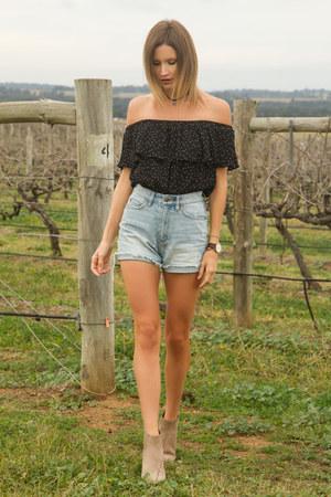 beige Witchery boots - blue Ksubi shorts - black Topshop top