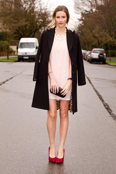 light pink XO Bella dress - ruby red Browns heels