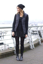 black Uniqulo vest - black Via Spiga boots - brown Rebecca Minkoff bag