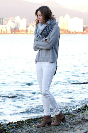 heather gray madewell sweater - tan Vince Camuto boots
