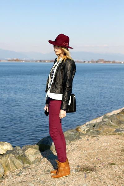 maroon H&M jeans - maroon H&M hat - navy H&M shirt - brown Sportsgirl sneakers