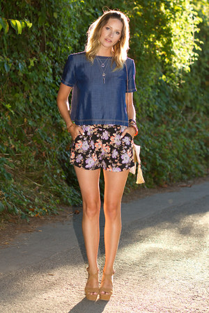 blue Zara top - violet Urban Outfitters shorts - tan Zara wedges