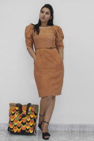 mustard Pret-a-moda dress
