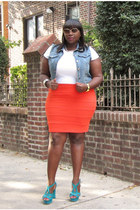 orange bandage Forever 21 Plus skirt - white crewneck Old Navy t-shirt