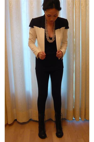 white blazer - black Zara top - black H&M leggings - black boots - silver access