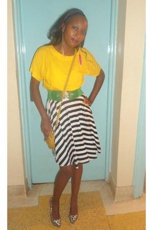 skirt - yellow cotton top - polka dot heels