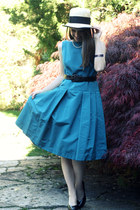blue Carolina Herrera dress - camel french hat - black vintage belt - black Gues