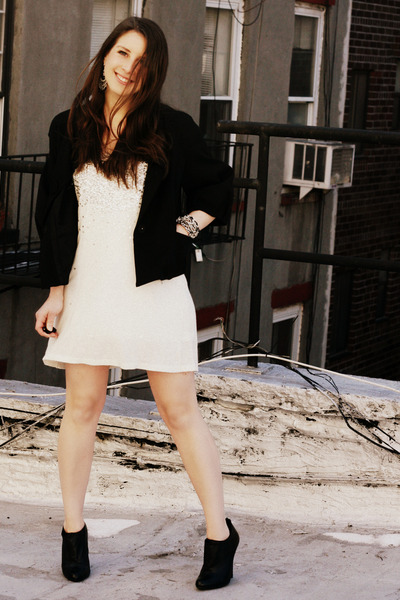 black vince jacket - white vintage dress - black Steve Madden shoes - black Rach
