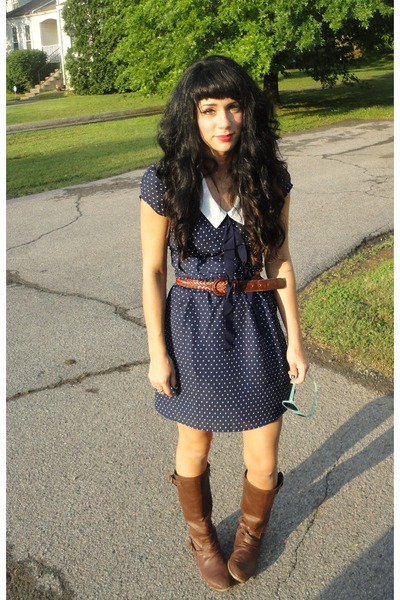 light brown boots navy ascot forever 21 dresses