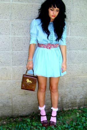 blue vintage dress - brown wwwvintageforwardblogspotcom purse - pink socks - bro