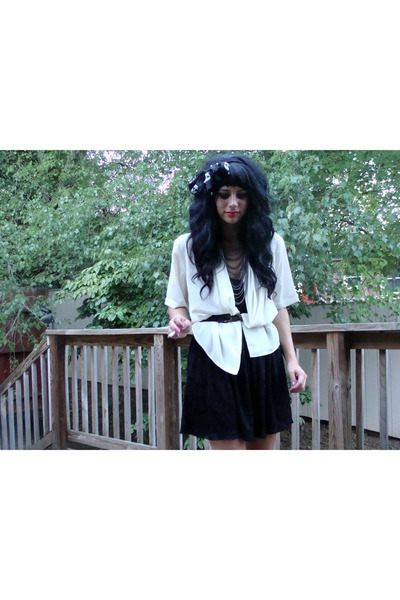 black f21 dress - white idk blazer - gold deena and ozzy belt - silver f21 neckl