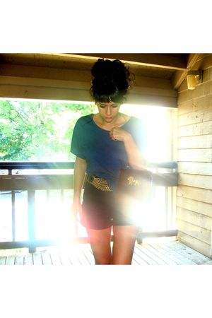 blue f21 shirt - black Levi Strauss shorts - gold awesome belt - brown awesome l