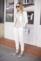 white New Yorker jacket - light blue Zara bag - black Prada sunglasses