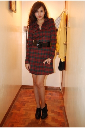 Bossini dress - Zara boots